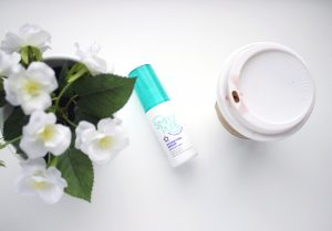 Superdrug Simply Pure Hydrating Serum, Review, Drugstore Skincare, high Street Skincare, Superdrug Skincare, Katiewrites, katiebwrites, Katie Writes Blog,