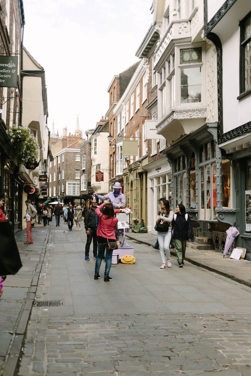 Purple Man in York, Yorkshire, Street Performer, Yorkie, Katie Writes Blog, Katie Writes, ©Katiewrites.co.uk
