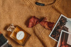 Autumn, Fall, Leaves, Jumper, Mustard colour jumper, Perfume, Chanel No.5 Dupe, katiebwrites, Katie Writes, Derbyshire Bloggers, Derby Bloggers,