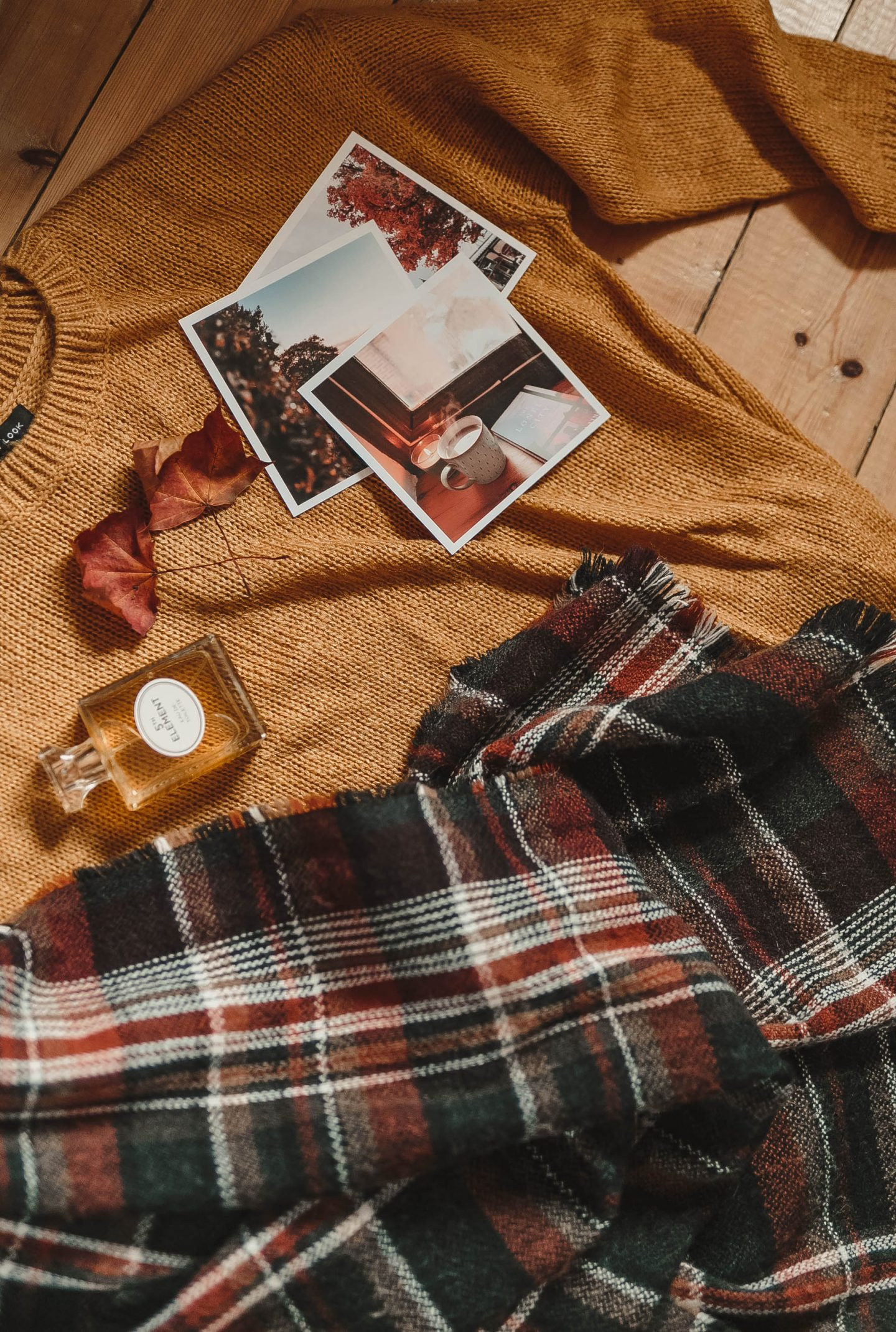 Autumnal flatlay, UK Bloggers,
