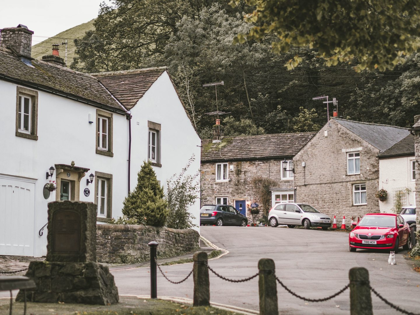 The Old Eyre Arms Hassop, Derbyshire, Peak District, Autumn, Leaves, Castleton, Bloggers,