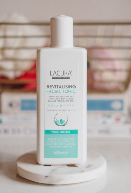 Lacura Revitalising Facial Tonic Review
