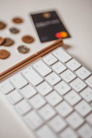 Money Saving tips, Online shopping, cheaper shopping, money saving tools,