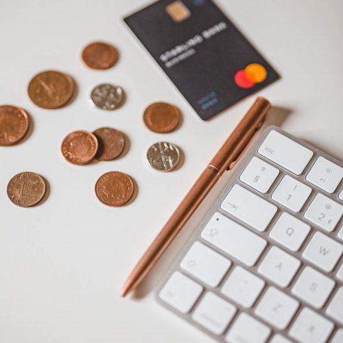Save Money, Katie Writes, Money Saving tips, Online shopping, cheaper shopping, money saving tools,