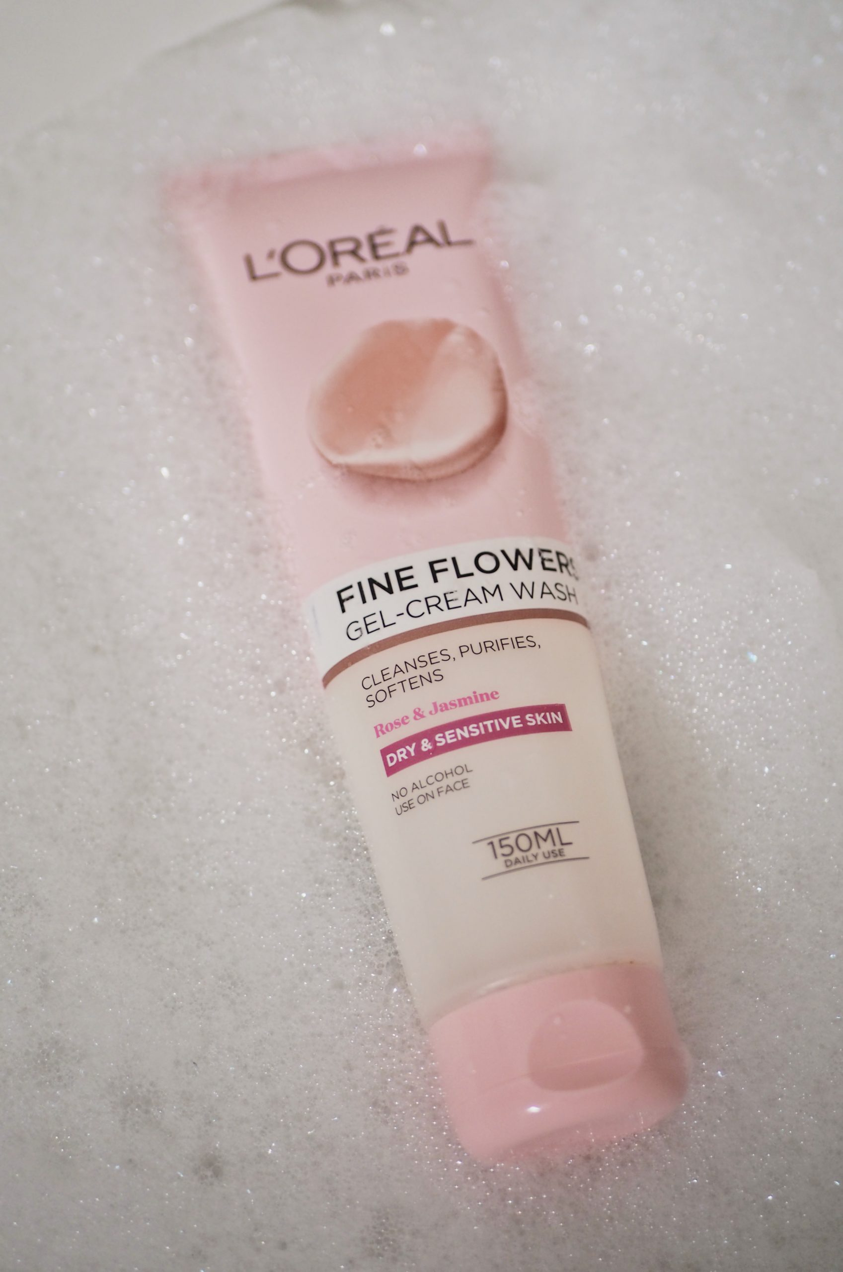 Loreal Cleanser, Gel-Cream Wash, Fresh Flowers, cleanser for sensitive skin, cleanser for dry skin, skincare, Katie Writes,
